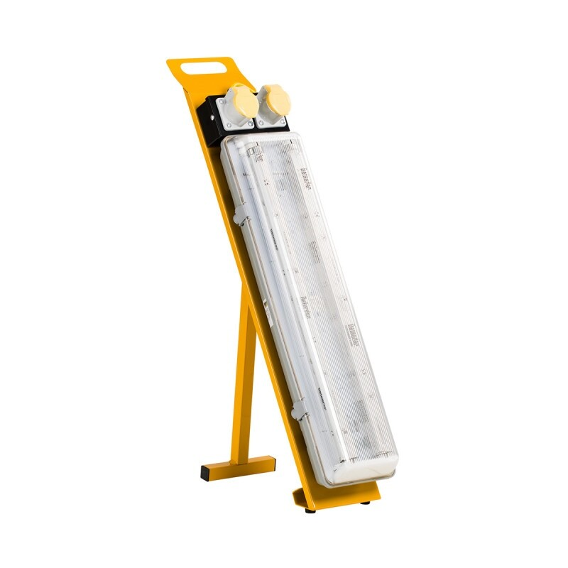 Fluorescent Contractor Light With Power Take Off Point