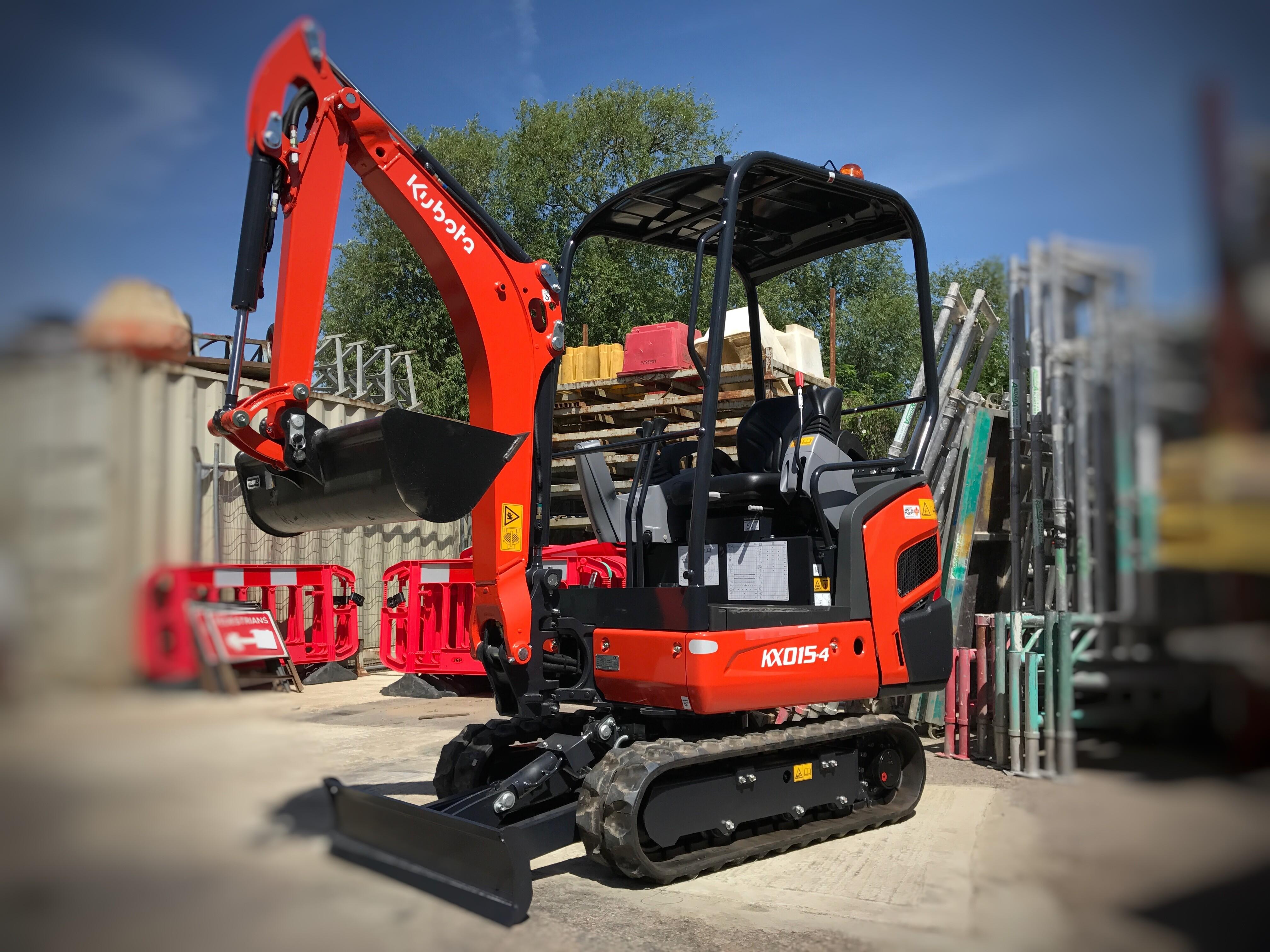 1.5 Tonne Mini Excavator/Digger