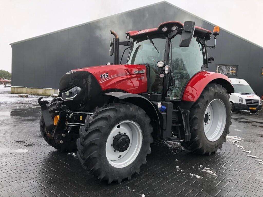 Maxxum 115 CVX Tractor