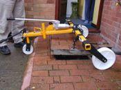 Hydraulic Manhole Lifter